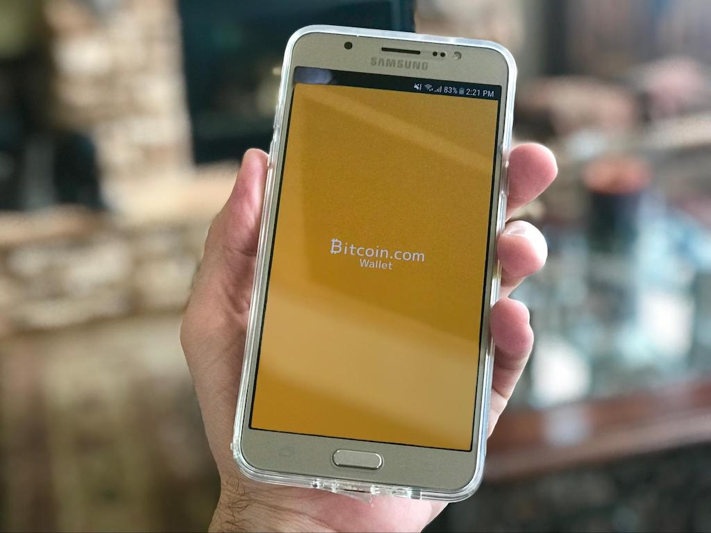 BitPay allows online shoppers to pay with cryptocurrency.