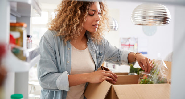 How to Ship Food: Guidelines for Dry Food, Perishable Food, and More